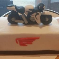 "Juliette cake design ""moto"""