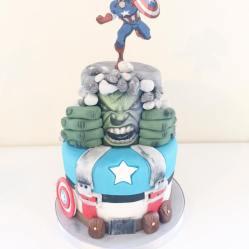 Juliette cake design super heros