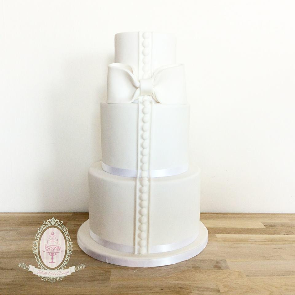 Juliette Cake Design Wedding Cake Blanc Simple Et Elegant Juliette