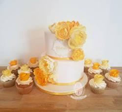 juliette cake design petit bapteme jaune et blanc