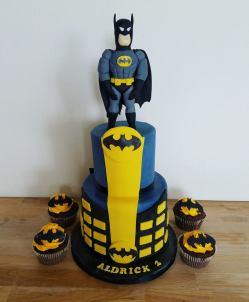 juliette cake design cupcake batman