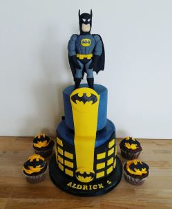 juliette cake design cupcake batman