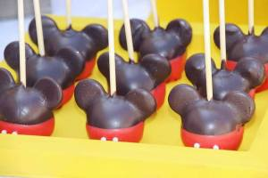 popcake mickey juliette cake design