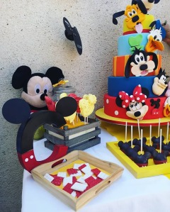 birthday mickey juliette cake design